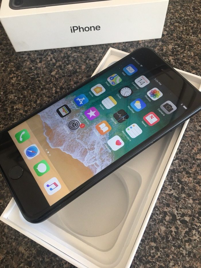 Apple iPhone 7 128GB RED-Ειδική Έκδοση Whatsapp σε Αξιούπολη