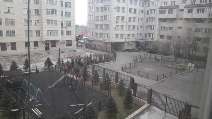 Продается квартира: 2 комнаты, 82 кв. м., Бишкек. Photo 0