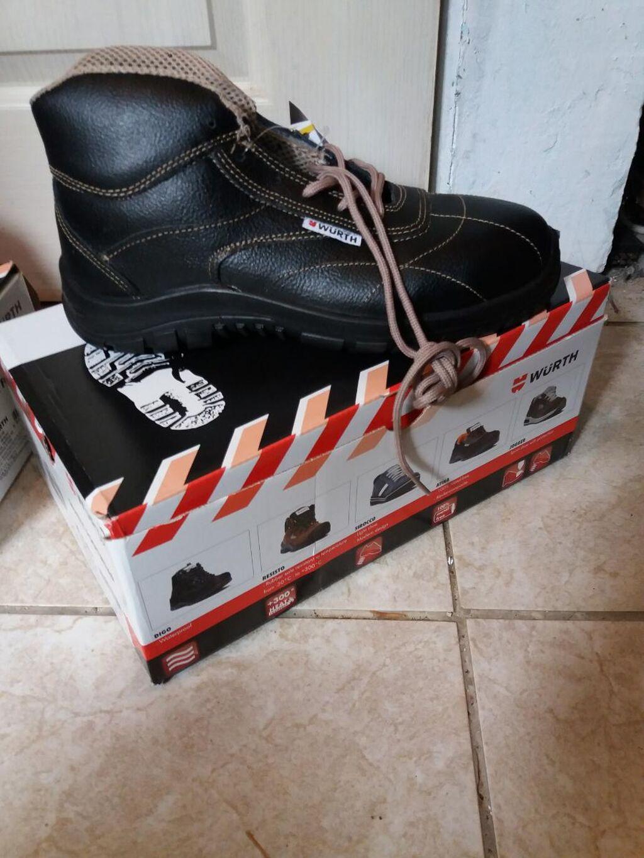 Radne muske cipele br.40 NOVE