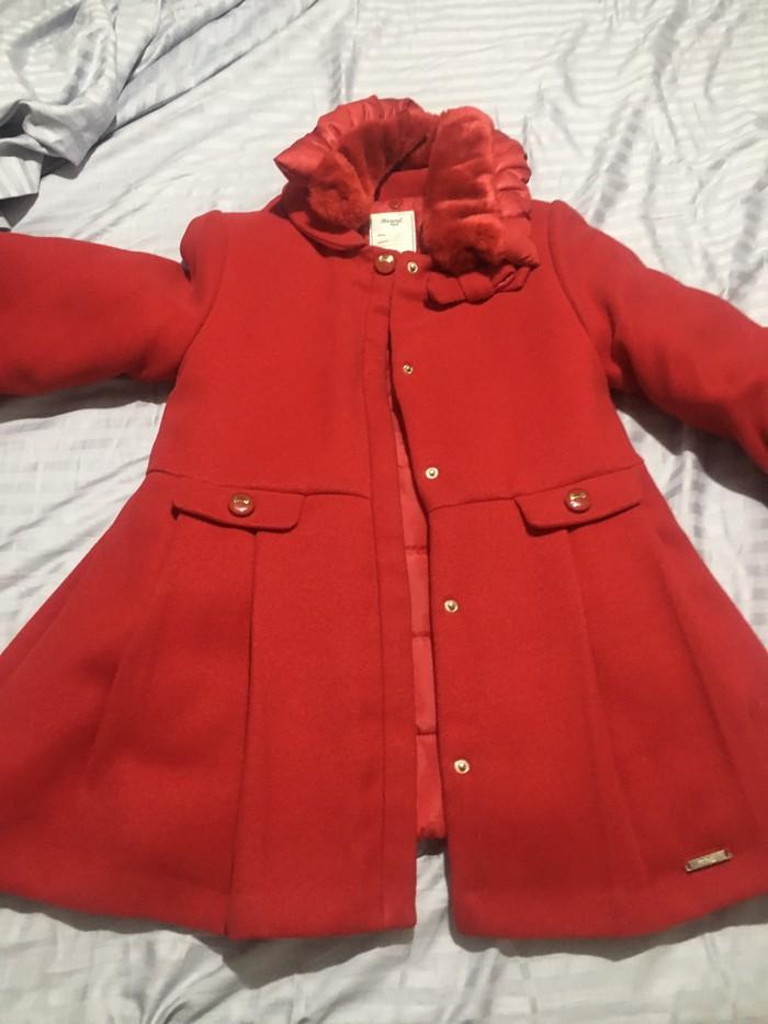 Παλτό σε άριστη κατάσταση Μαyoral ηλικια 9 χρονων . Photo 0