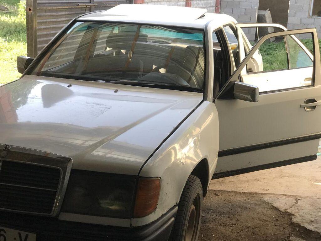 Mercedes-Benz W124 2.3 л. 1988 | 250000 км
