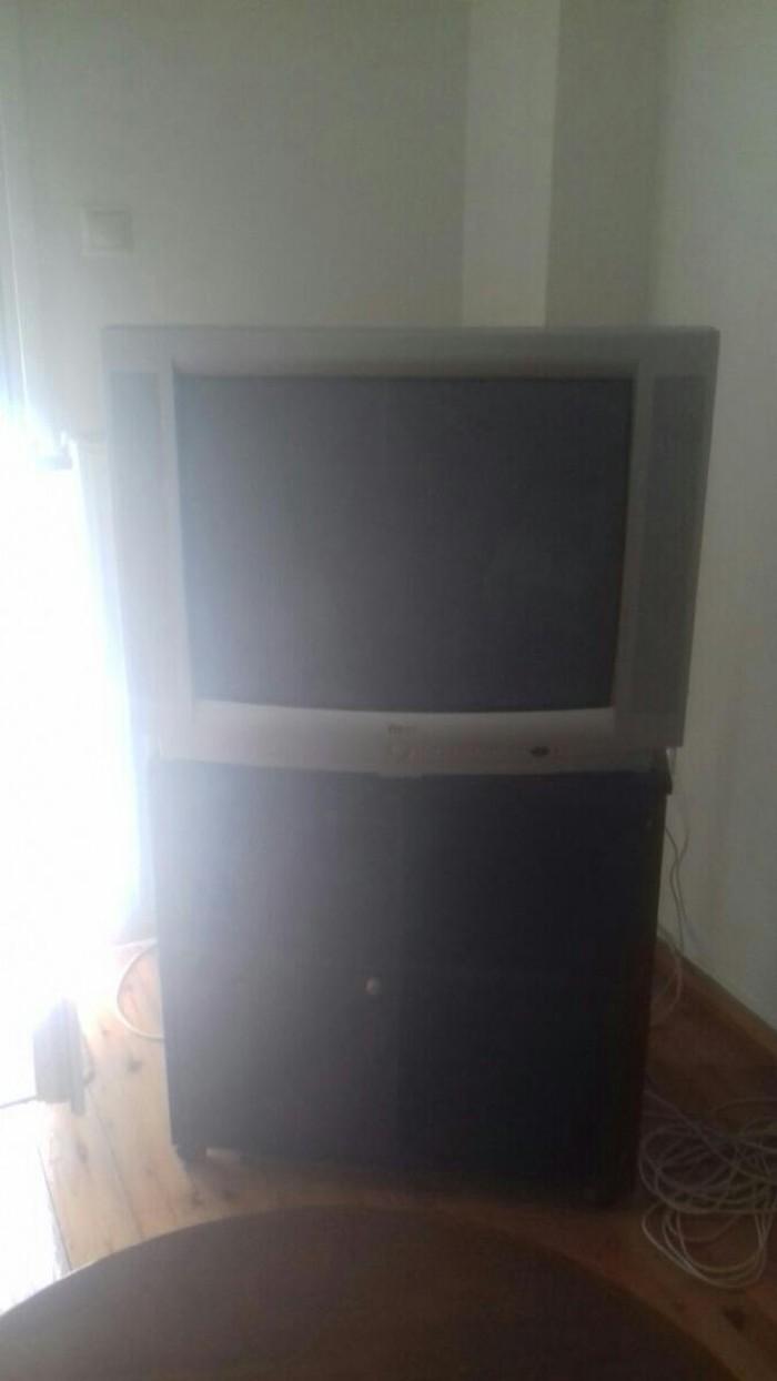 Τηλεοραση μαζι με το έπιπλο με περιστρεφόμενη βαση  40€ Θεσσαλονίκη 9. Photo 0