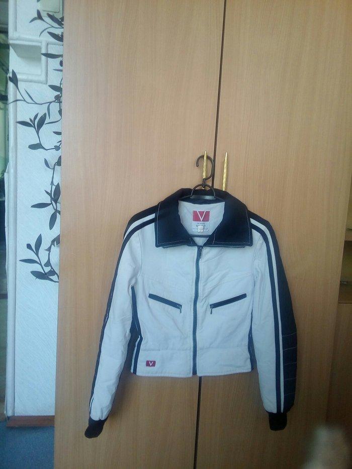Продаю куртку для девочки. Деми.размер 42. в Сокулук