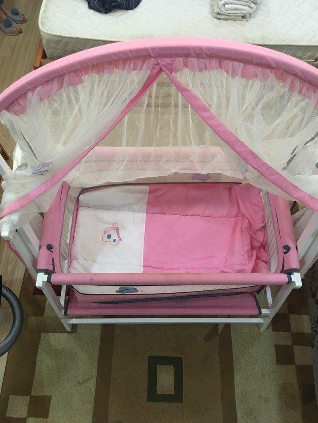 Кроватка- люлька б/у. В отличном состоянии. Цена 700 сомон . Photo 1