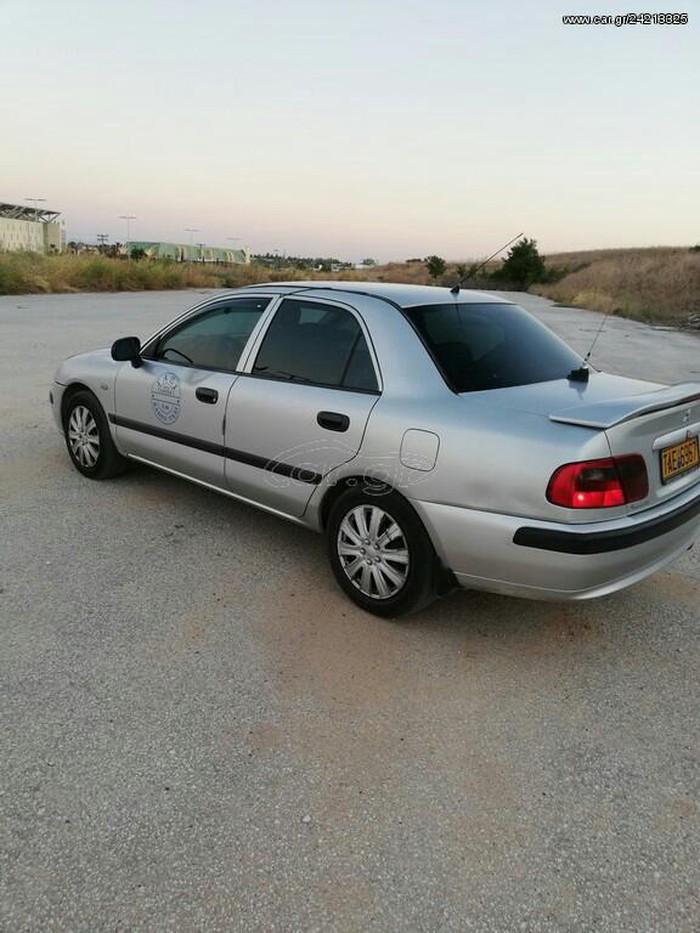 Mitsubishi Carisma 2001. Photo 3