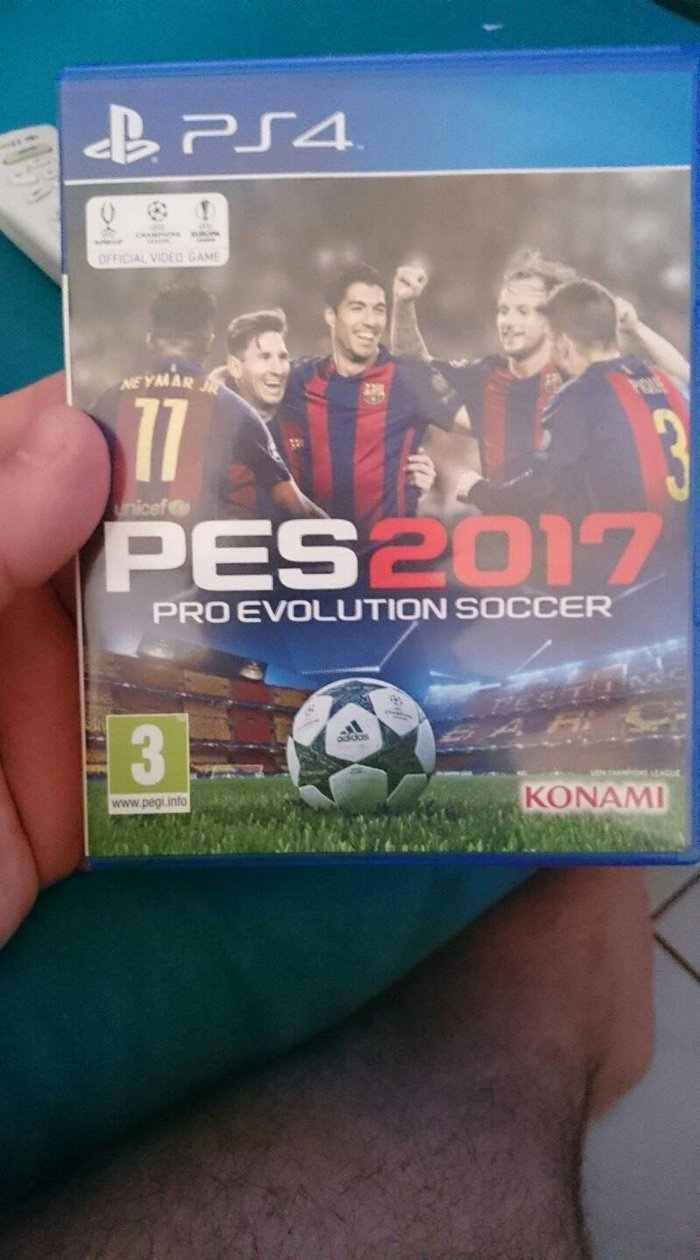 PES 2017 SE ARISTH KATASTASH σε Πειραιάς