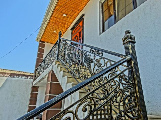 Satış Evlər vasitəçidən: 220 kv. m., 3 otaqlı. Photo 3