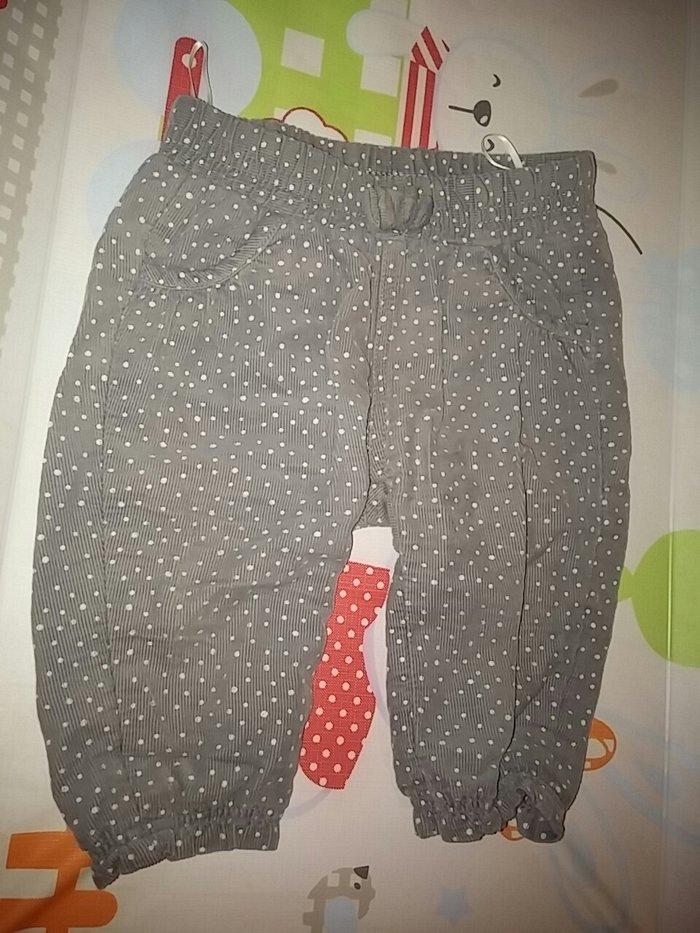 Komplet H&M. Tanak bodi i pantalonice. Veličina 62 cm, 2/4 meseca. - Novi Sad