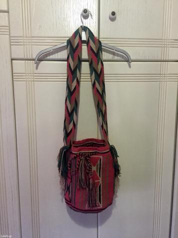 Τσάντα boho αυθεντική, χρησιμοποιήθηκε μονο μια φορά, σε άριστη κατάσταση, αγοράστηκε 220€