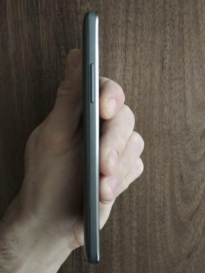 İşlənmiş Samsung 8 GB boz. Photo 2