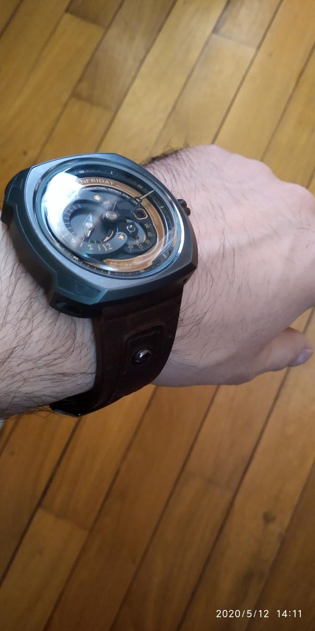 Kişi Qol saatları Sevenfriday