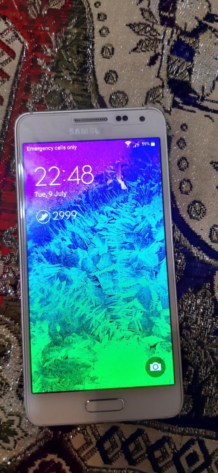 İşlənmiş Samsung Galaxy Alpha 32 GB ağ. Photo 0