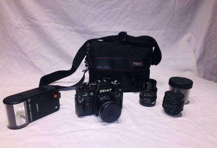 ZENIT 122 SLR, χειροκίνητη αναλογική φωτογραφική μηχανή (με φιλμ) του 1990 σοβιετικής φιλοσοφίας