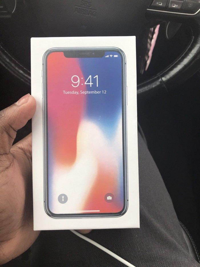 Brand new Unlocked Original Apple iPhone X 256Gb Comes with the full in Kathmandu