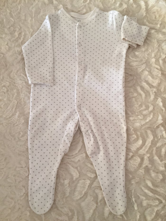 3 babygrows. 0-3 months. Very good condition.. Photo 3