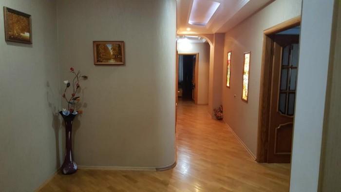Mənzil satılır: 4 otaqlı, 205 kv. m., Bakı. Photo 4