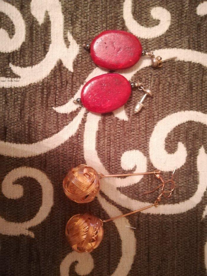 Σκουλαρίκια για όλες της εποχές το καθένα 3€ ή αλλιώς και τα δύο με 5€ σε Άγιοι Ανάργυροι