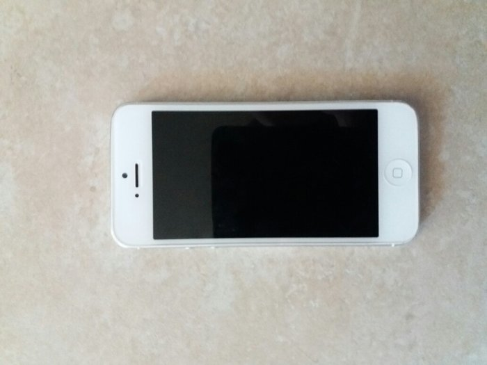 IPhone 5. Photo 2