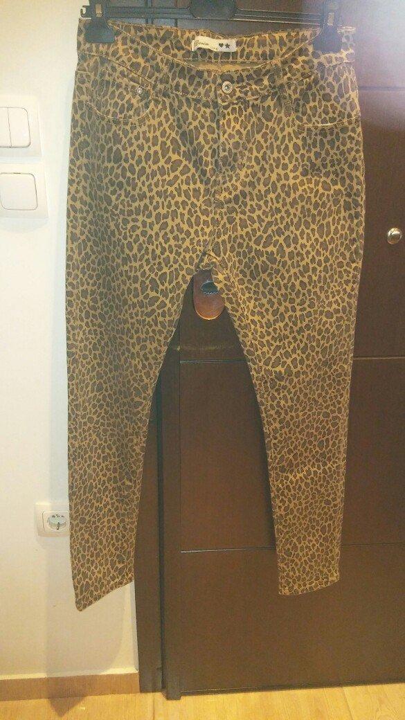 Παντελονι τζιν λεοπαρ ολοκαινουριο με το καρτελακι ελαστικο κανονικη μ. Photo 3