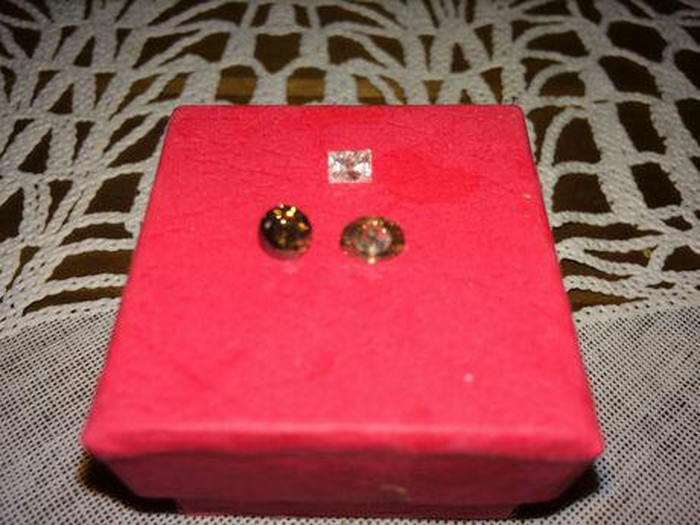 Πολυτιμα διαμαντια βαρος 18 γραμμ.. Photo 1