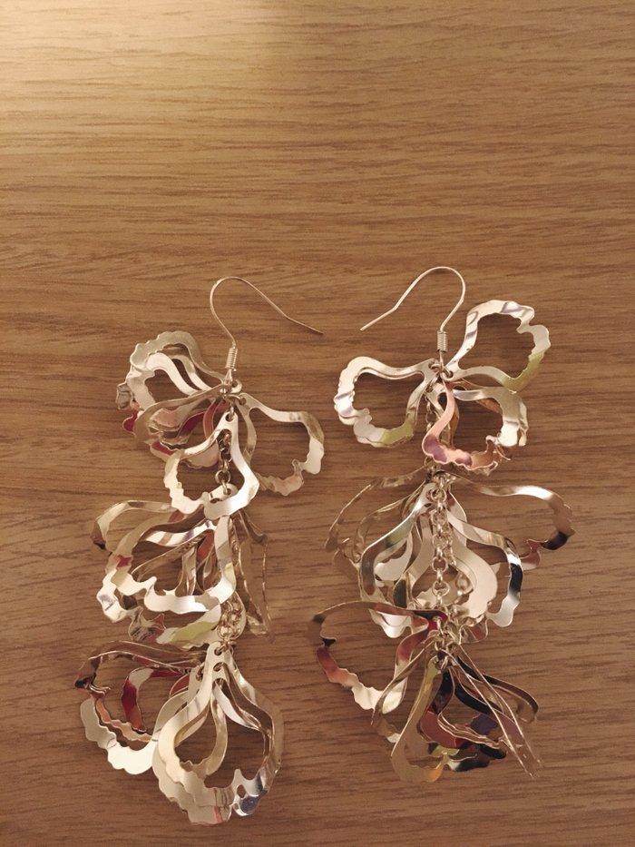 Σκουλαρίκια 5€. Photo 0