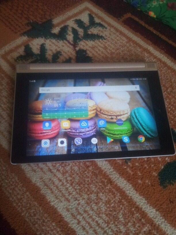 Продам планшет в нормальном состоянии в Душанбе