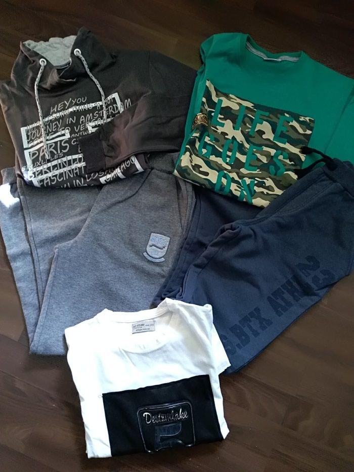 Paket dobro očuvane garderobe za dečaka. Veličina 14.. Photo 0