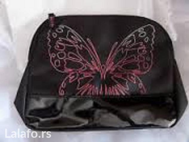 Ženska odeća - Krusevac: Neseser avonov sa aplikacijom leptira