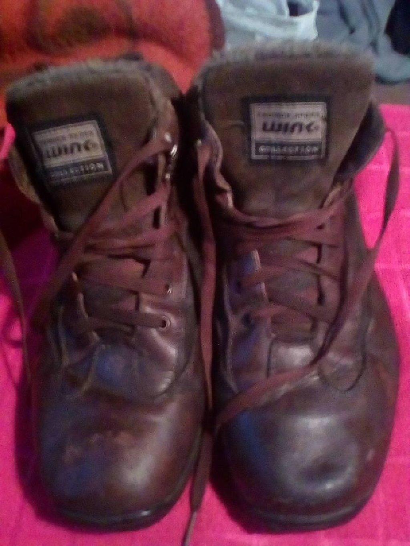 Kozne cipeleza planinu,za posao itd.broj 44