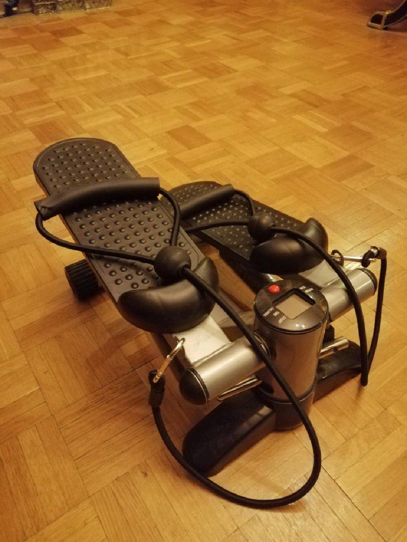 Energetics BT 150 Mii Stepper je kućna fitnes sprava za vežbanje mišića nogu i donjeg dela tela