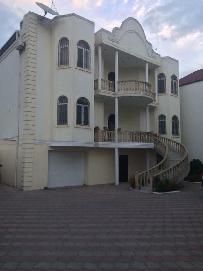 Satış Evlər vasitəçidən: 600 kv. m, 7 otaqlı. Photo 0
