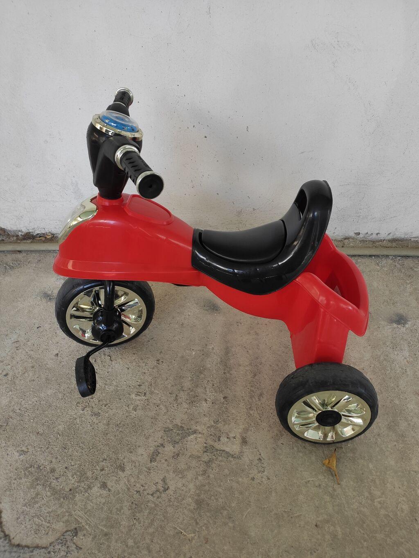 Παιδικό τρίκυκλο ποδηλατάκι σε άριστη κατάσταση