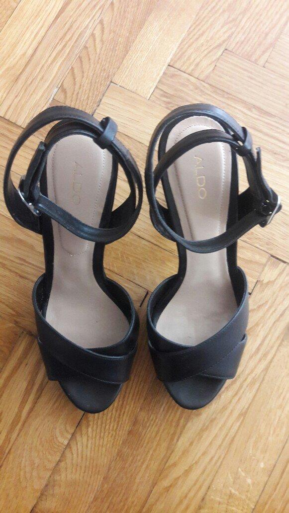 Nove, aldo kozne sandale br. 37 . Photo 1