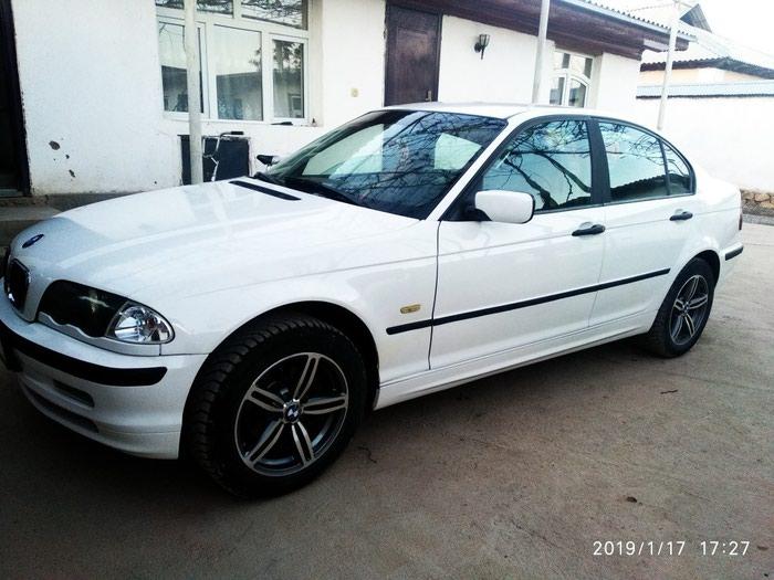 BMW 318 1999. Photo 1