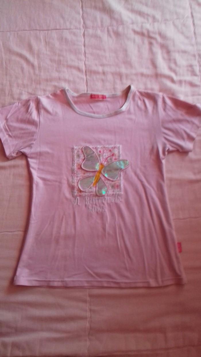 Roze majica sa 3D leptirom