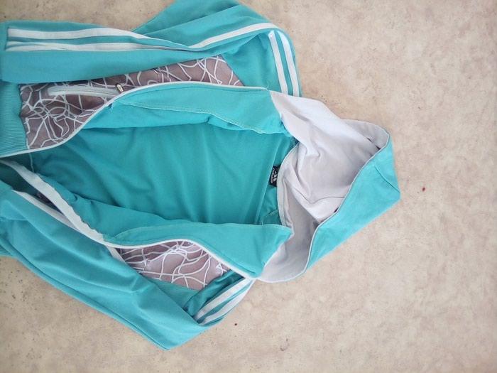 Adidas duks trenerka gornji deo XS/ S veličina tirkizno plava . Photo 1