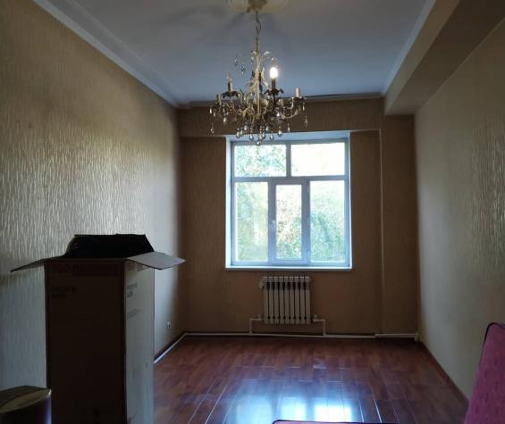 Продается квартира: 3 комнаты, 103 кв. м., Бишкек. Photo 3