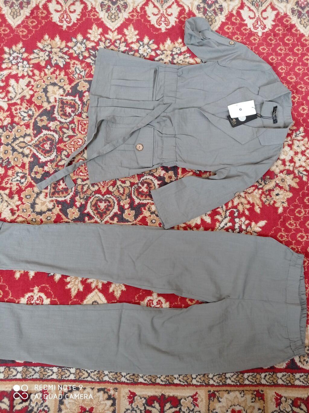 Новый костюм, размер мне не подошёл. Качество отличное, пояс на по цене: 1200 KGS: Новый костюм, размер мне не подошёл.  Качество отличное, пояс на