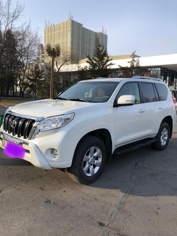 Toyota Land Cruiser 3 л. 2014: Toyota Land Cruiser 3 л. 2014