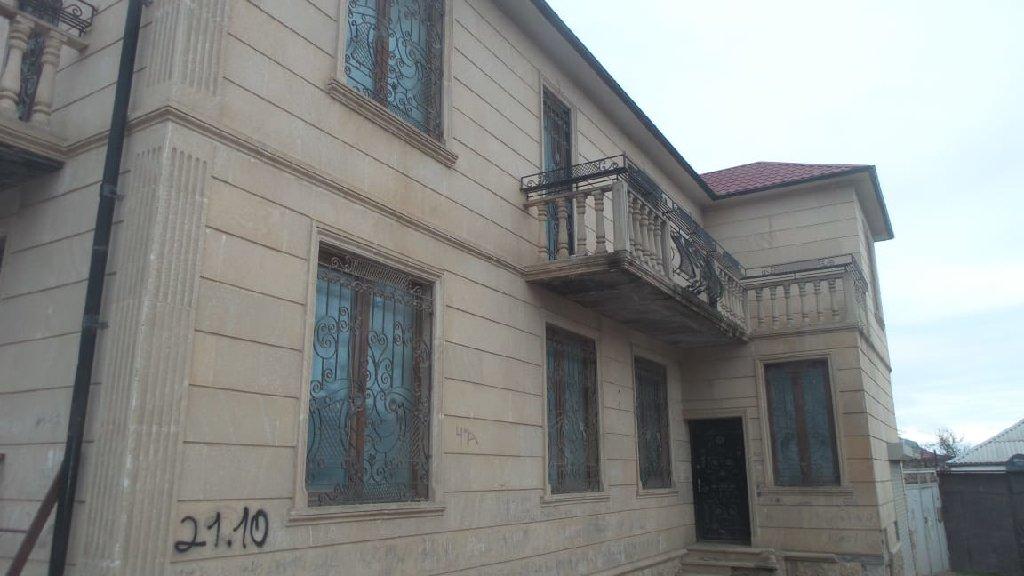 Satış Evlər vasitəçidən: 300 kv. m, 6 otaqlı