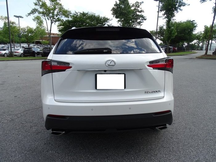 Lexus . Photo 4