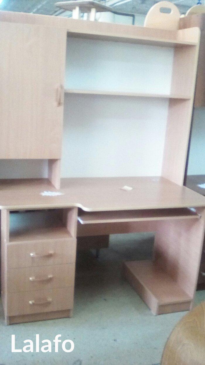 8500 сомНовый комп. стол,размер 1. 3*0. 7,доставка по городу, в Бишкек