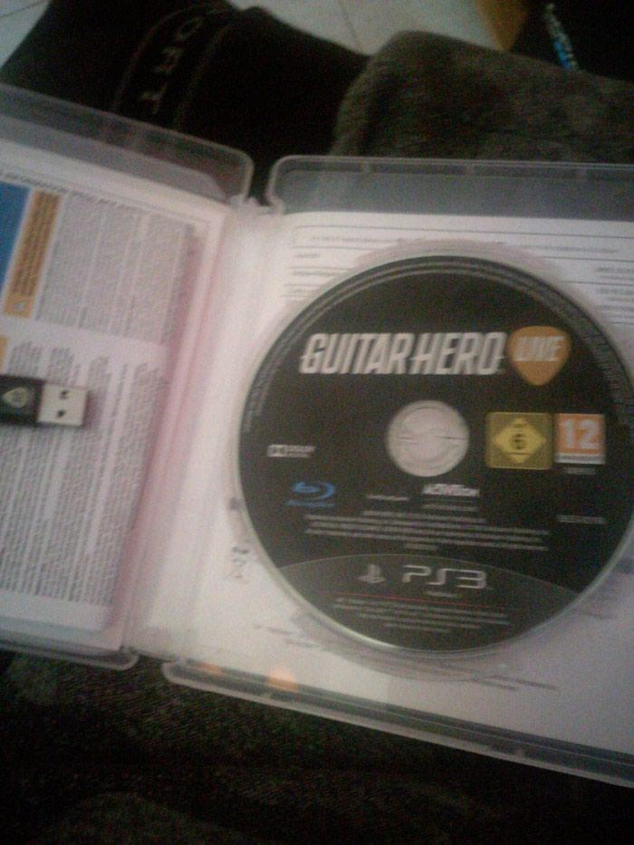 Guitar Hero Live gia ps3 . Photo 1
