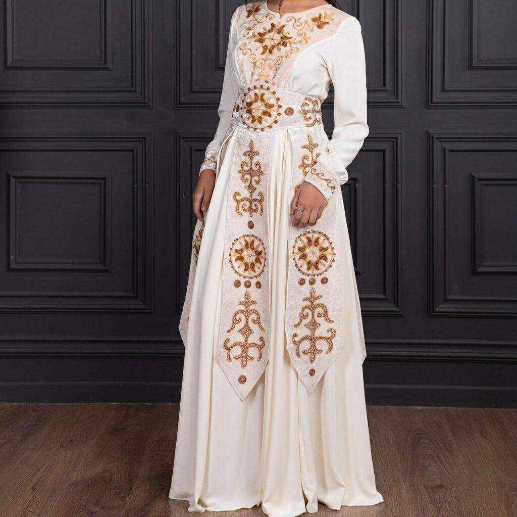 Платье Вечернее Banana Republic XL: Платье Вечернее Banana Republic XL