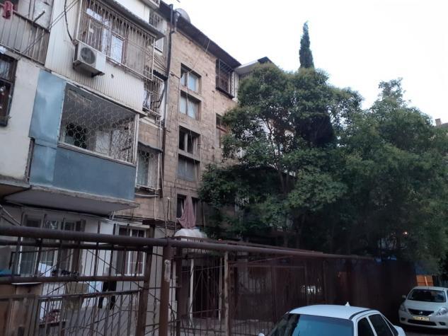 Mənzil satılır: 3 otaqlı, 75 kv. m., Bakı. Photo 0