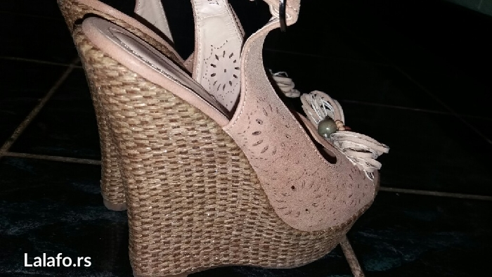 Bez sandale sa platformom broj 37 - Krusevac