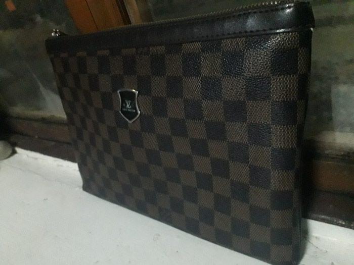 0a5b5a62c4b5 Продаю клатч барсетку Louis Vuitton за 2100 KGS в Бишкеке: Сумки на ...