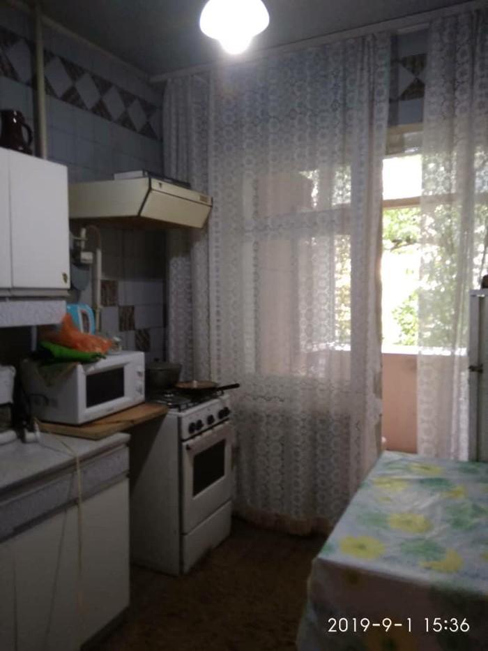 Продается квартира: 3 комнаты, 63 кв. м., Бишкек. Photo 0