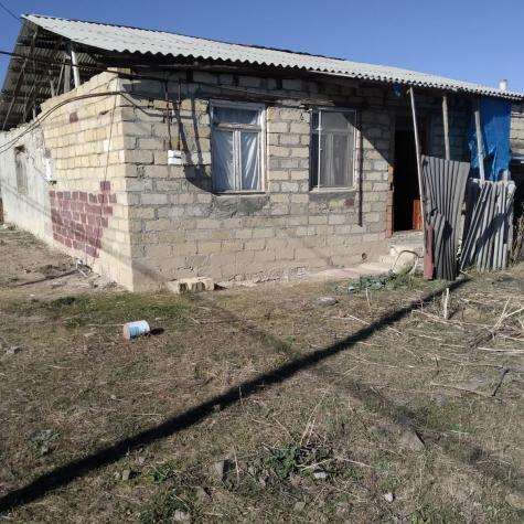 Dübəndi şəhərində Satış Evlər mülkiyyətçidən: 4 otaqlı