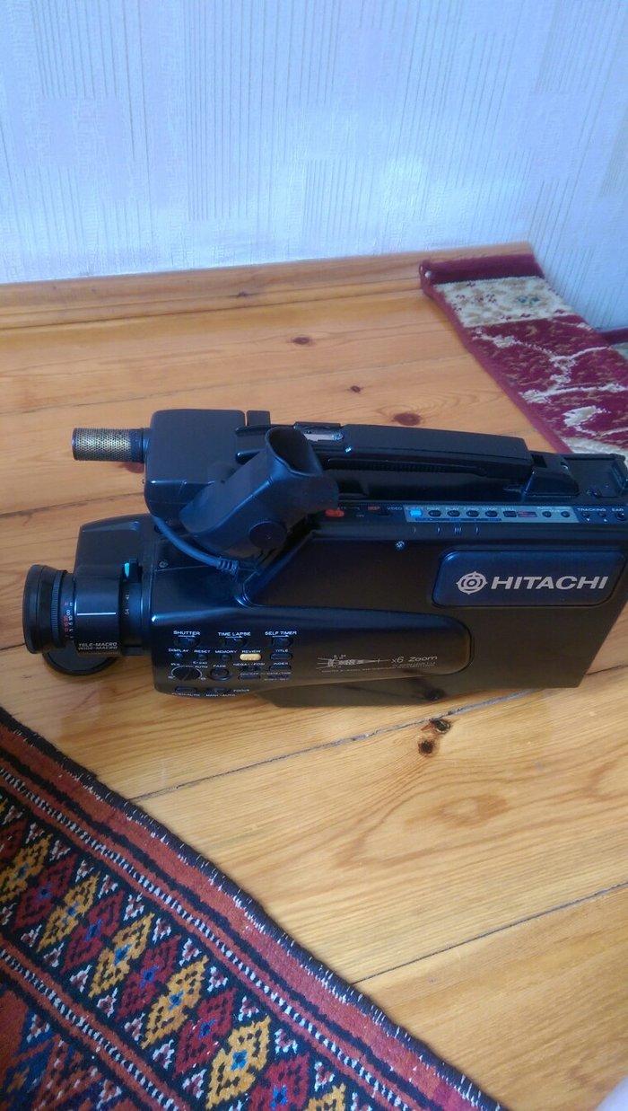 Bakı şəhərində Video kamera hitachi satilir. 1994 ilde almaniyadan getirilib,ishtek v